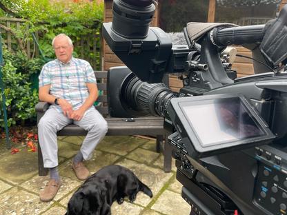 Blind and Deaf Wing Walker - ITV News