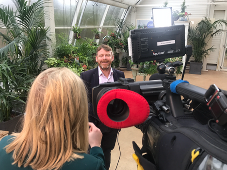 Houseplants Take Over ITV - Surrey Cameraman