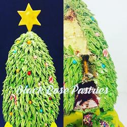 Merry Christmas! #christmascake #baker #