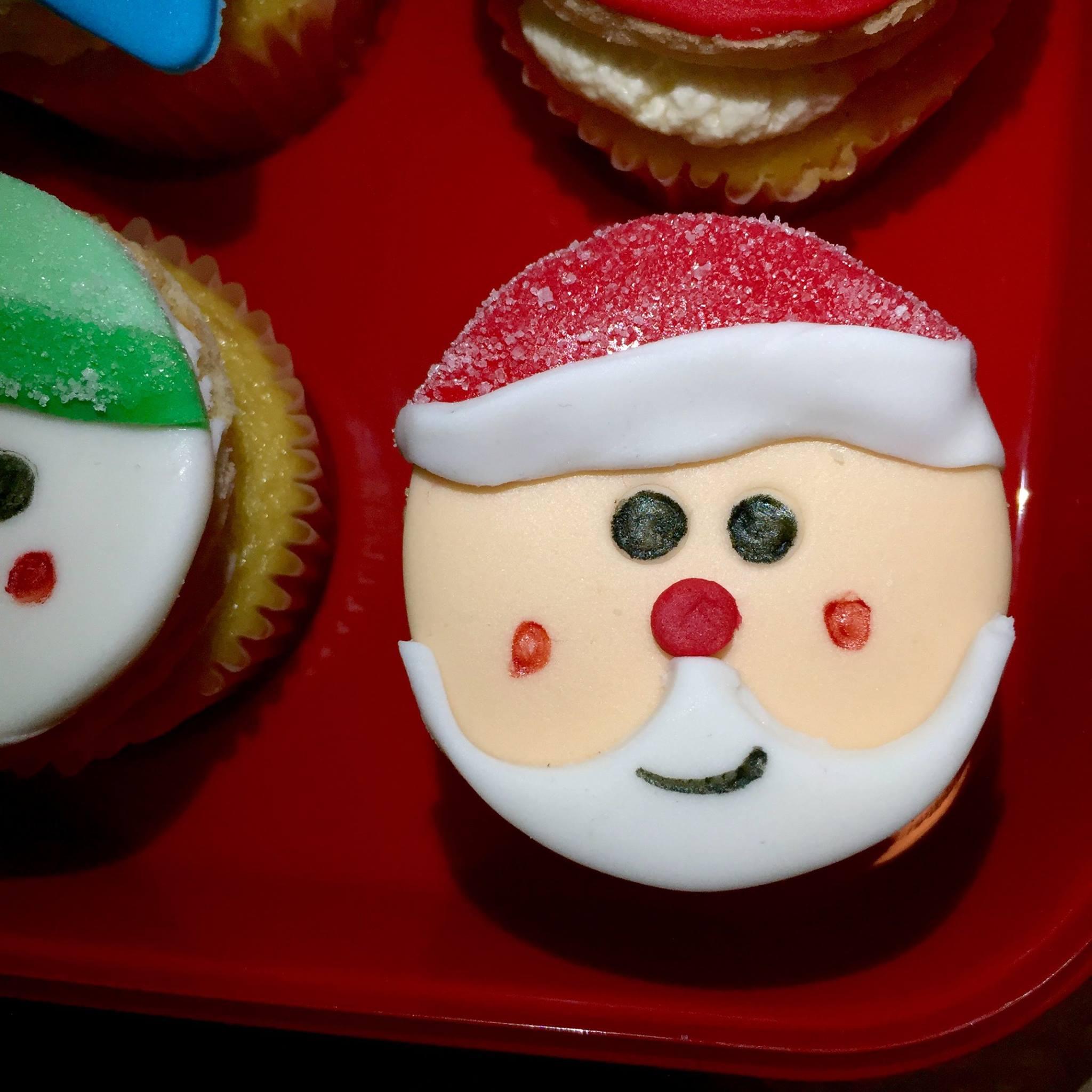 Kris Kringle Cupcake