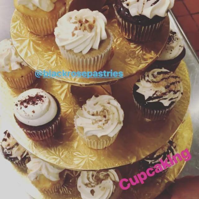 TGIF #tgif #cupcakes #blackrosepastries