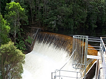 Lake Margaret lower weir spilling