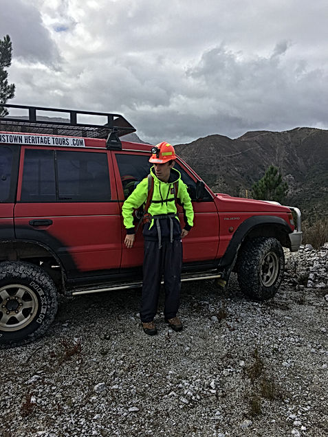 4x4 mine seeker adventure Queenstown Tasmania