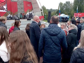 Заводчане приняли участие в празднике в честь  присвоения городу  Кемерово Почетного звания