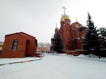 АО «КМЗ» принял участие в открытии новой библиотеки Знаменского кафедрального собора