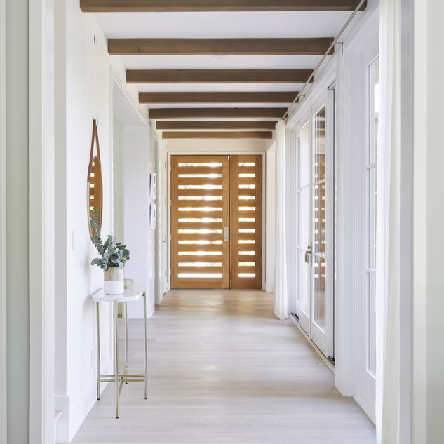 Entry Hallway 2.jpg