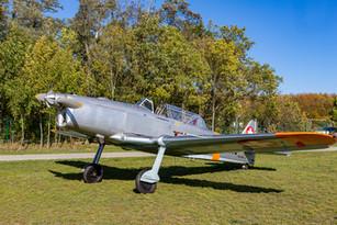 Pilatus P-2 z Plzně na DOD