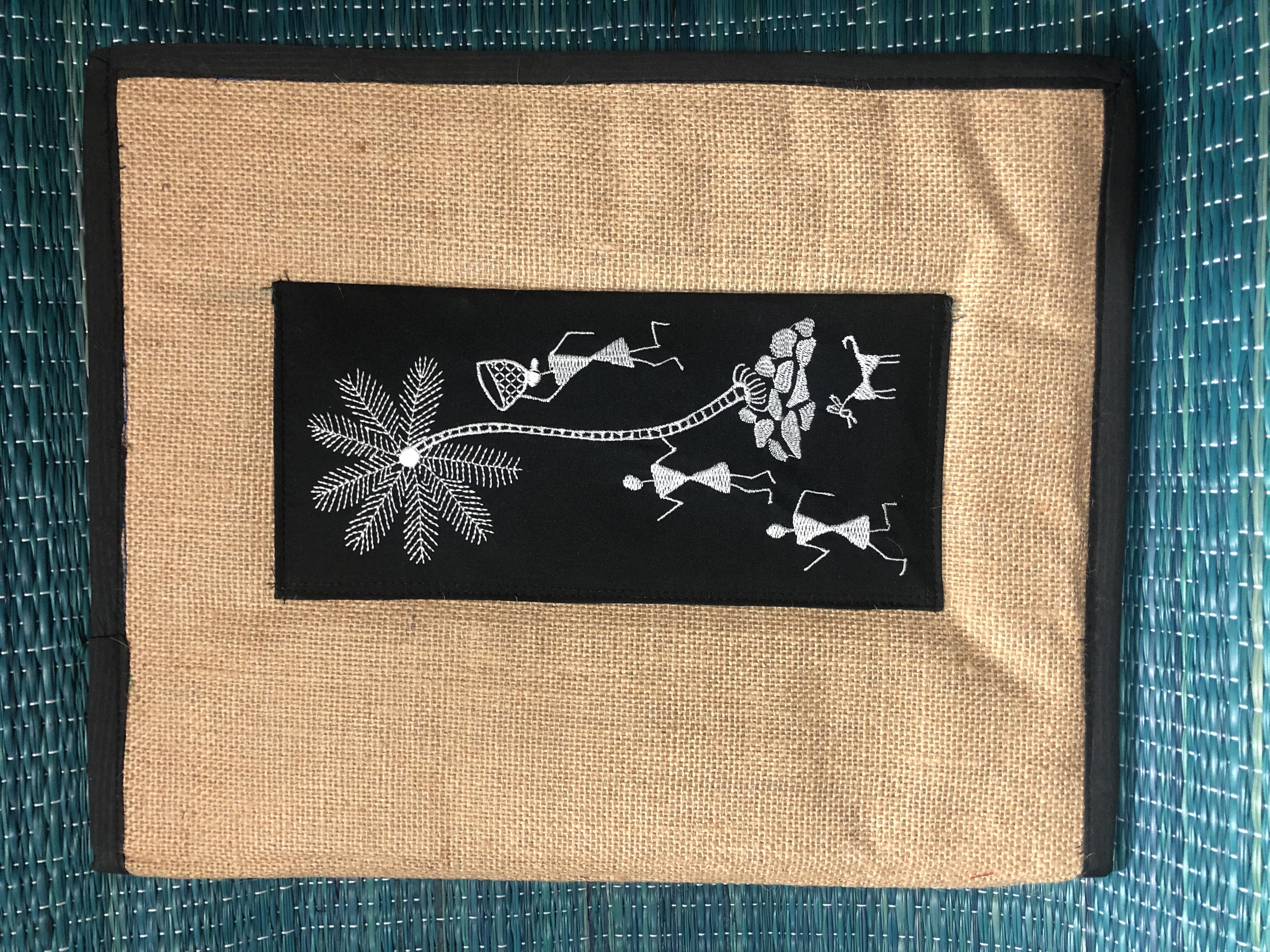 Jute with warli design imprint - zipper file