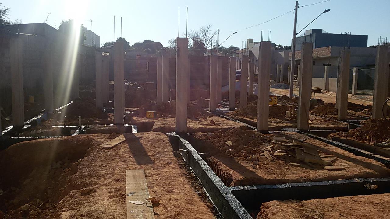 _Construção_no_Jardim_Botanico,_Brasília,_Distrito_Federal.___(2)