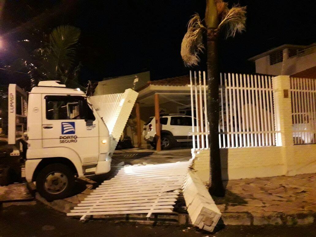 Construção de Muro no Guará
