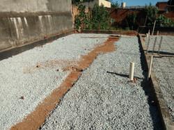 Construção de Contra-piso em concreto (5