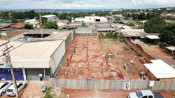 Construção de Fundações da Loja O Botica