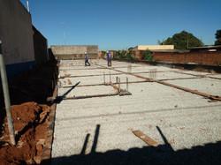 Construção de Contra-piso em concreto (2