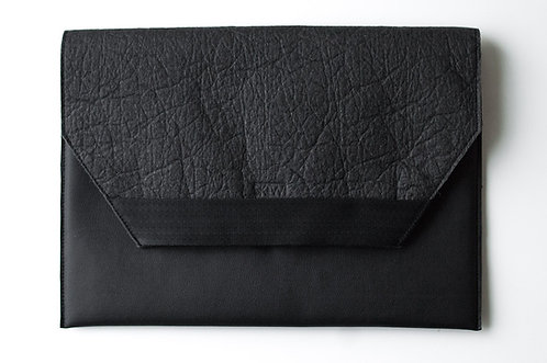 NY Piñatex ® Black Laptop Sleeve