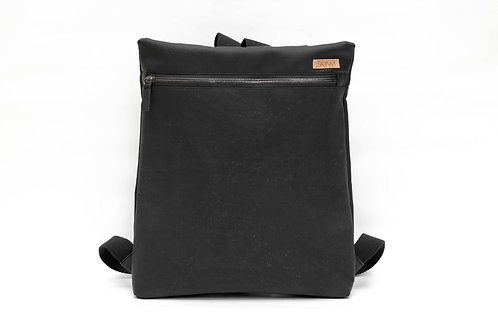 SKIIWI must eesti disain seljakott