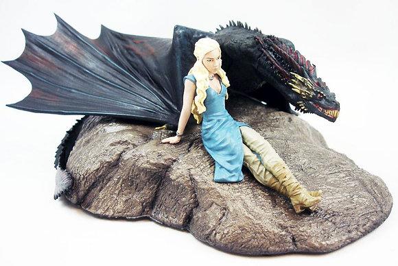 Game of Thrones figurine Daenerys & Drogon 18cm