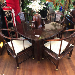 Table w/ 4 Chairs on Casters