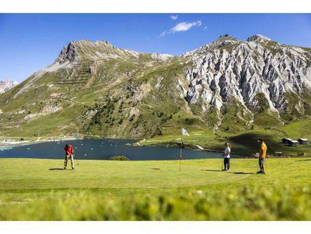 Oser une partie de golf en haute altitude en Tarentaise