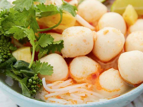 Vietnamese Spicy Fishball Noodle Soup