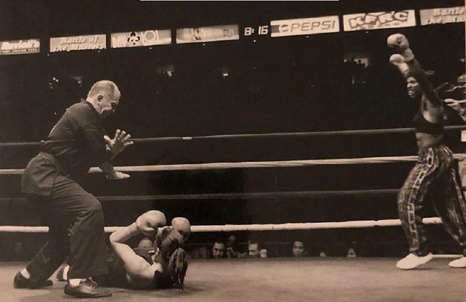 Henin knockout-best_edited.jpg