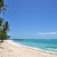 la plage de Petite Anse