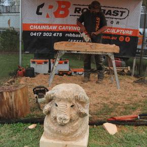 Rob Bast - Chainsaw Sculptor