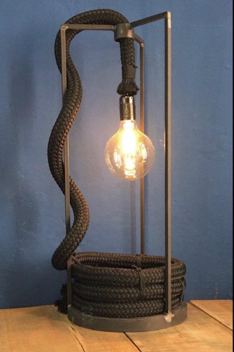 LAMPADA CORDA NERA