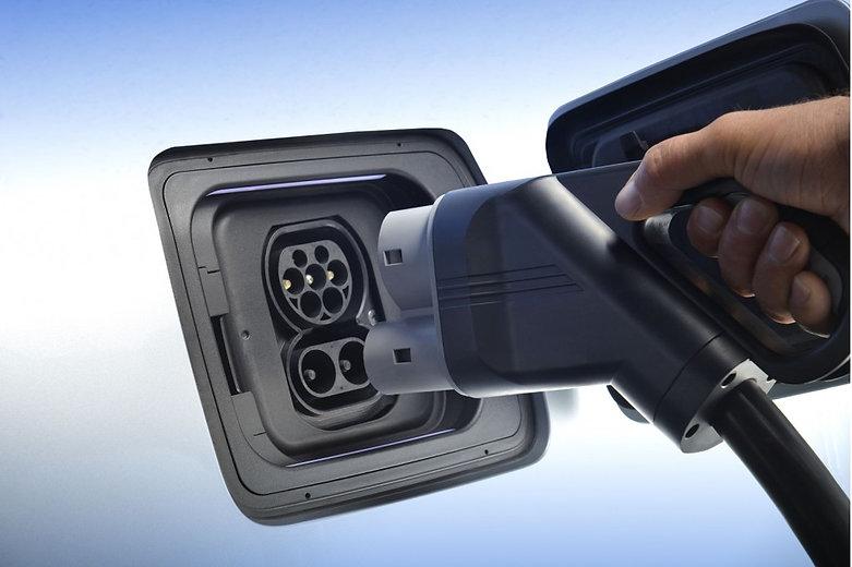 BMW-Charger-Plug.jpg
