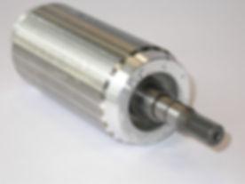 1200px-Rotor_gewuchtet.JPG