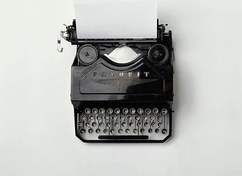 Vintage%20Typewriter_edited.jpg