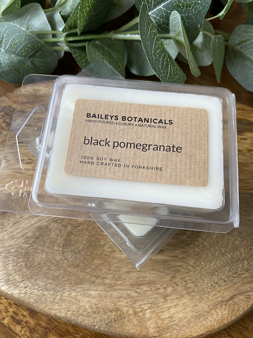Black Pomegranate Soy Wax Clamshell