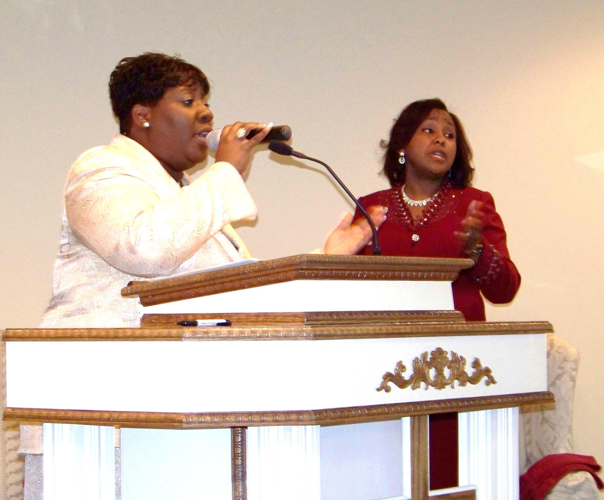 Pastor Denise Pastor Gloria.JPG
