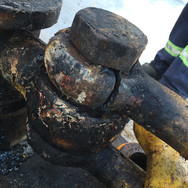 Damaged shackle - requires immediate replacement