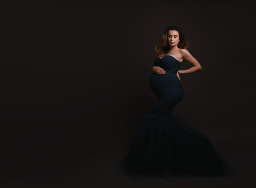 Maternity photographer, North Wales