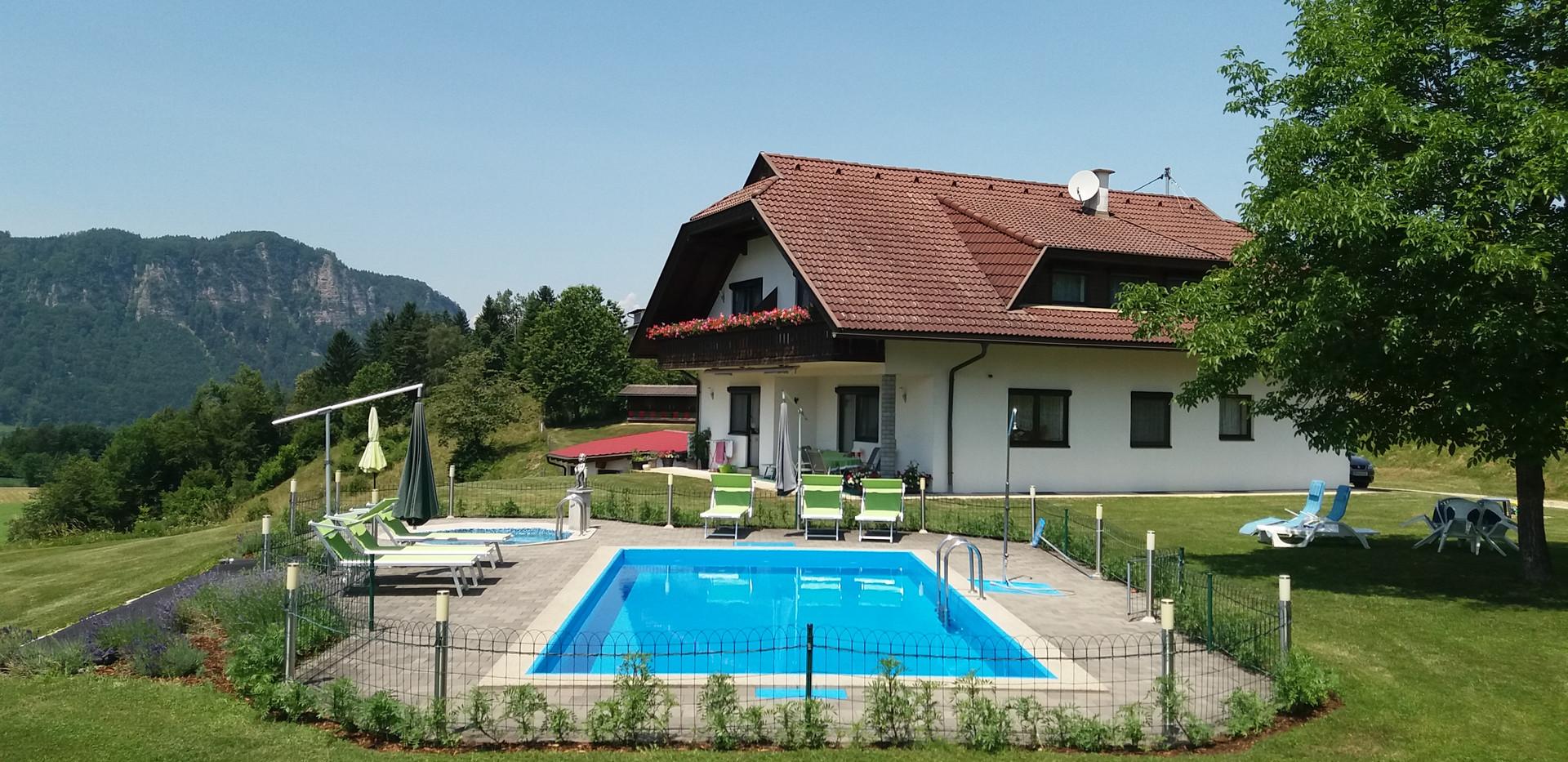Ferienwohnung Pool