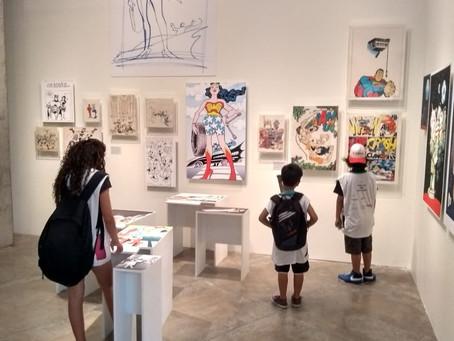 Turma do Casa Blanca visita exposição de Ziraldo, no Sesc Interlagos