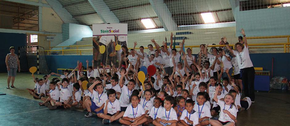 OSEB realiza segundo festival do projeto Tênis Social