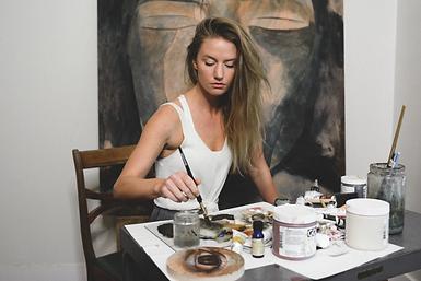 Erica Elan Painting in the studio. Portrait painter. Realism.