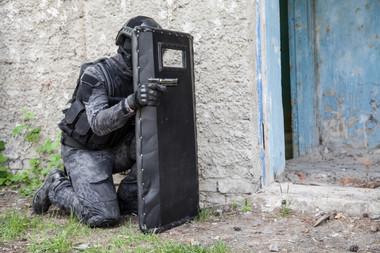 police-officer-swat-working-krazy-jungle
