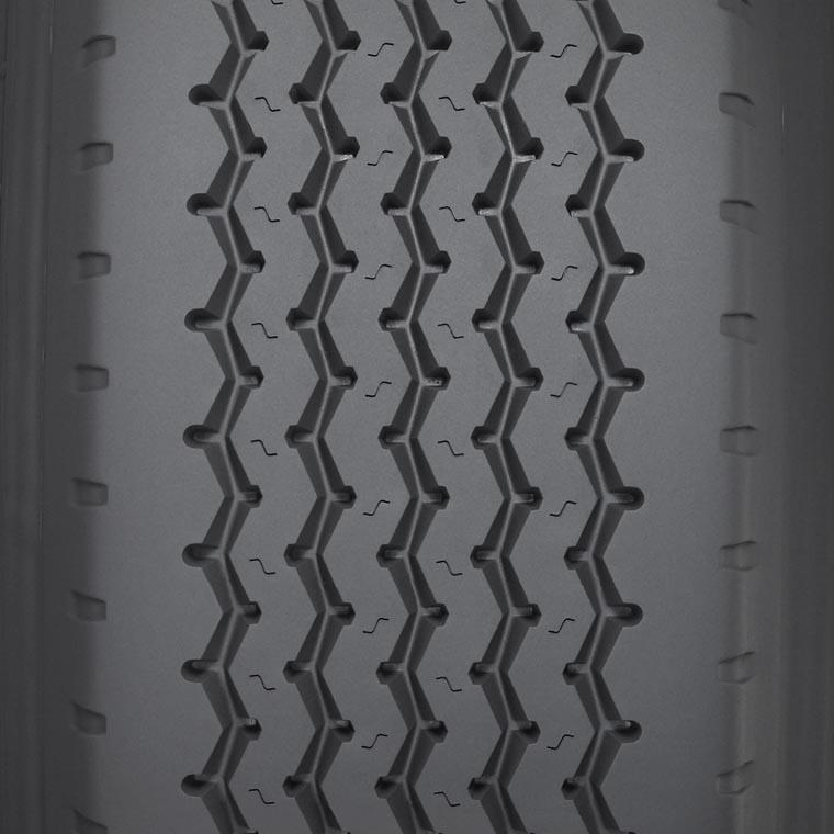 XZA® Wide Base Pre-Mold Retread