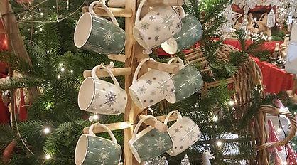Tassen Weihnachtsscheune.jpg
