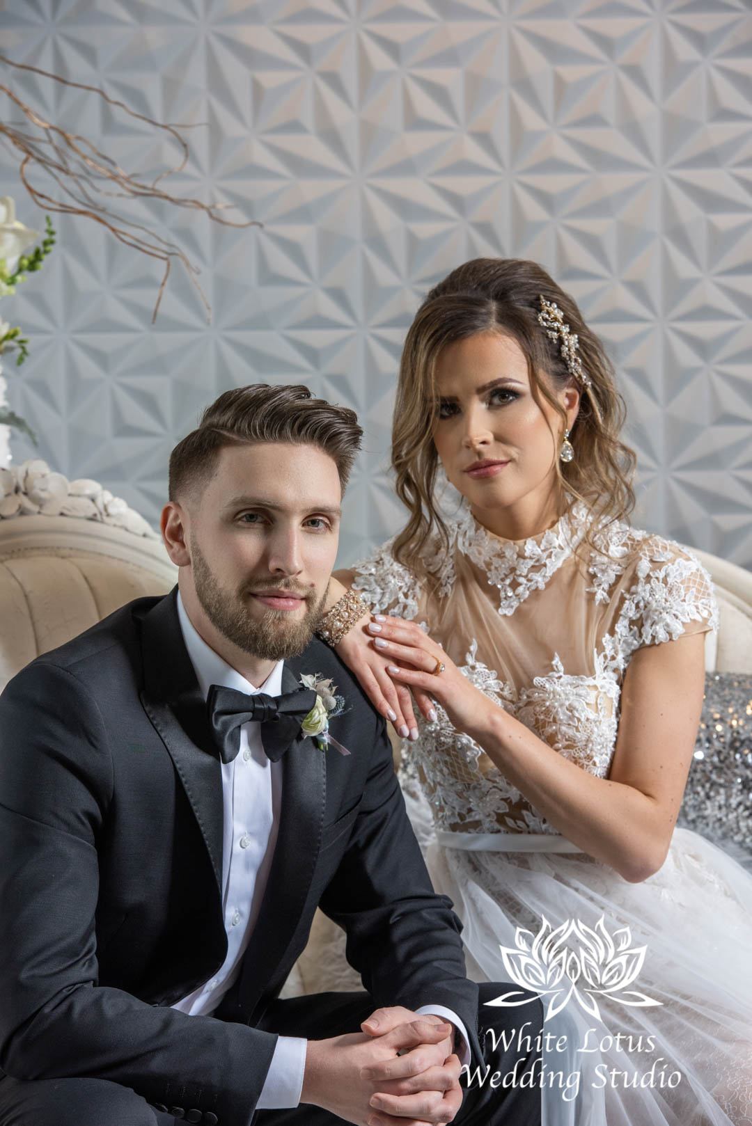 075- GLAM WINTERLUXE WEDDING INSPIRATION