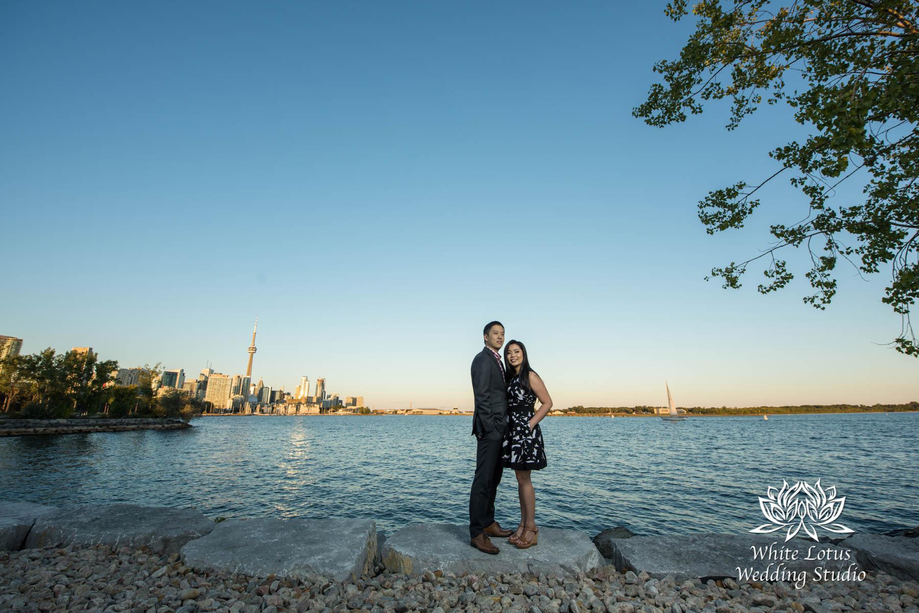 057 - Trillium Park - Toronto - Engagement