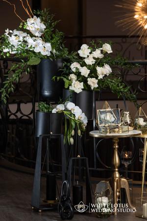 072 - www.wlws.ca - Royal Venetian Mansi