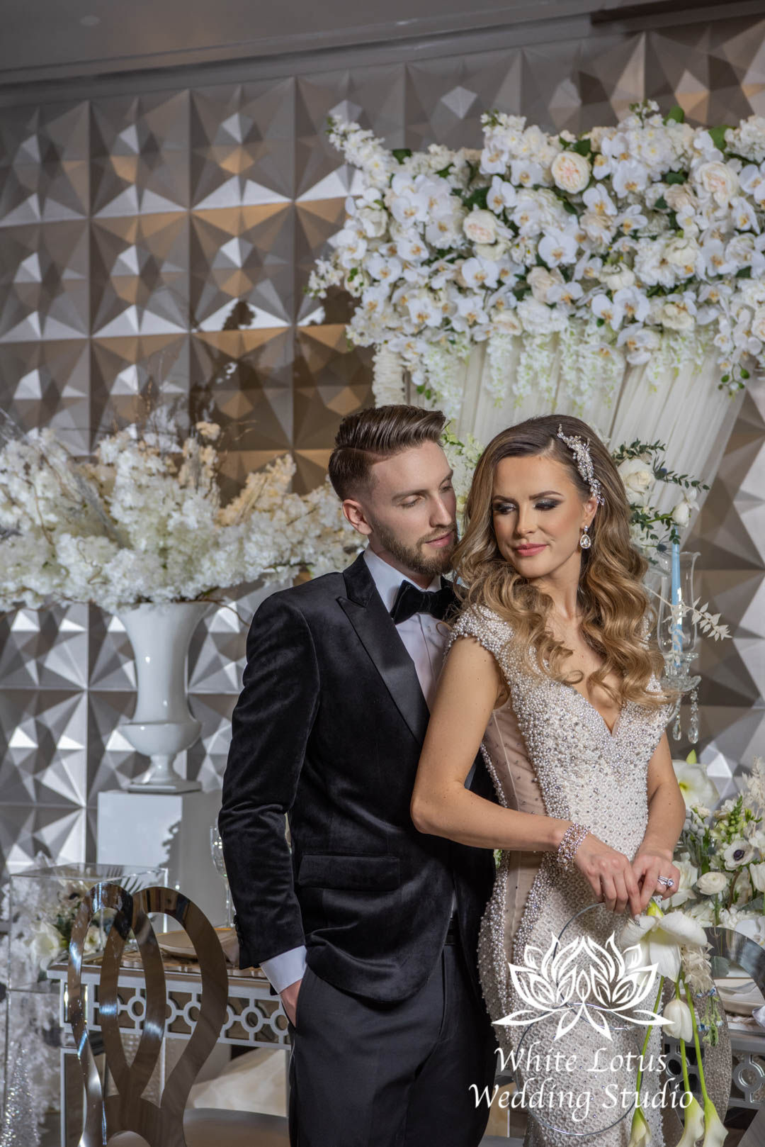141- GLAM WINTERLUXE WEDDING INSPIRATION