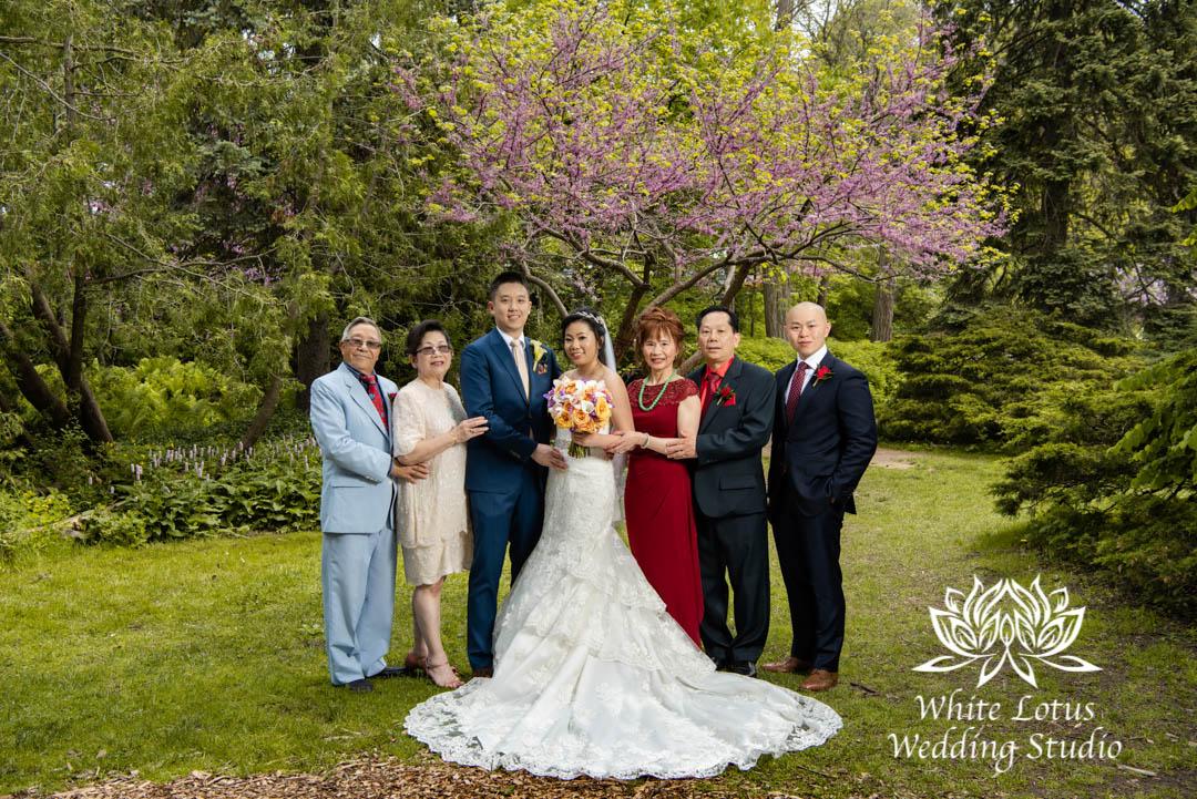 031- Alexander Muir Memorial Gardens wed