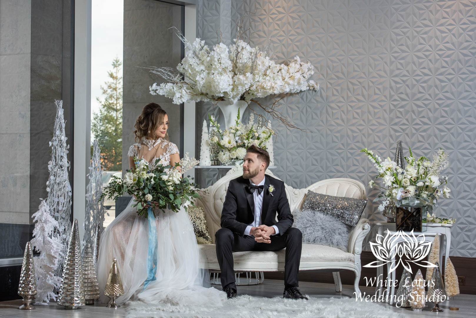073- GLAM WINTERLUXE WEDDING INSPIRATION