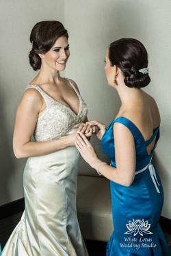 050 - Wedding - Toronto - Bride getting ready - PW