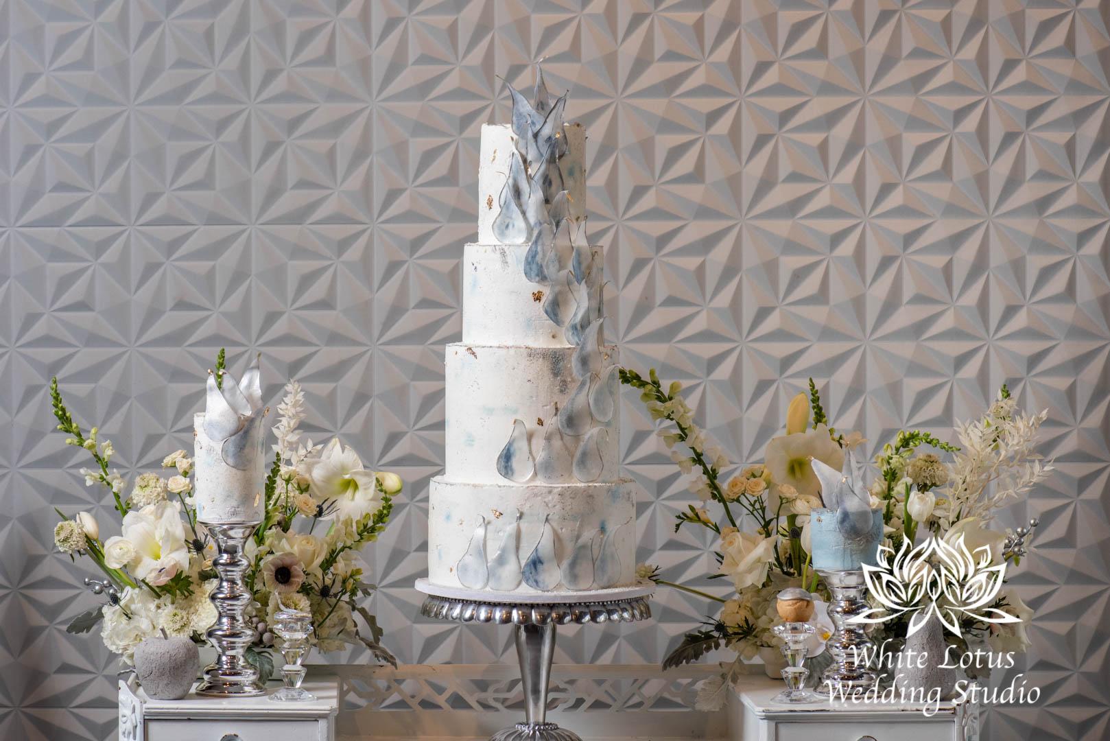117- GLAM WINTERLUXE WEDDING INSPIRATION