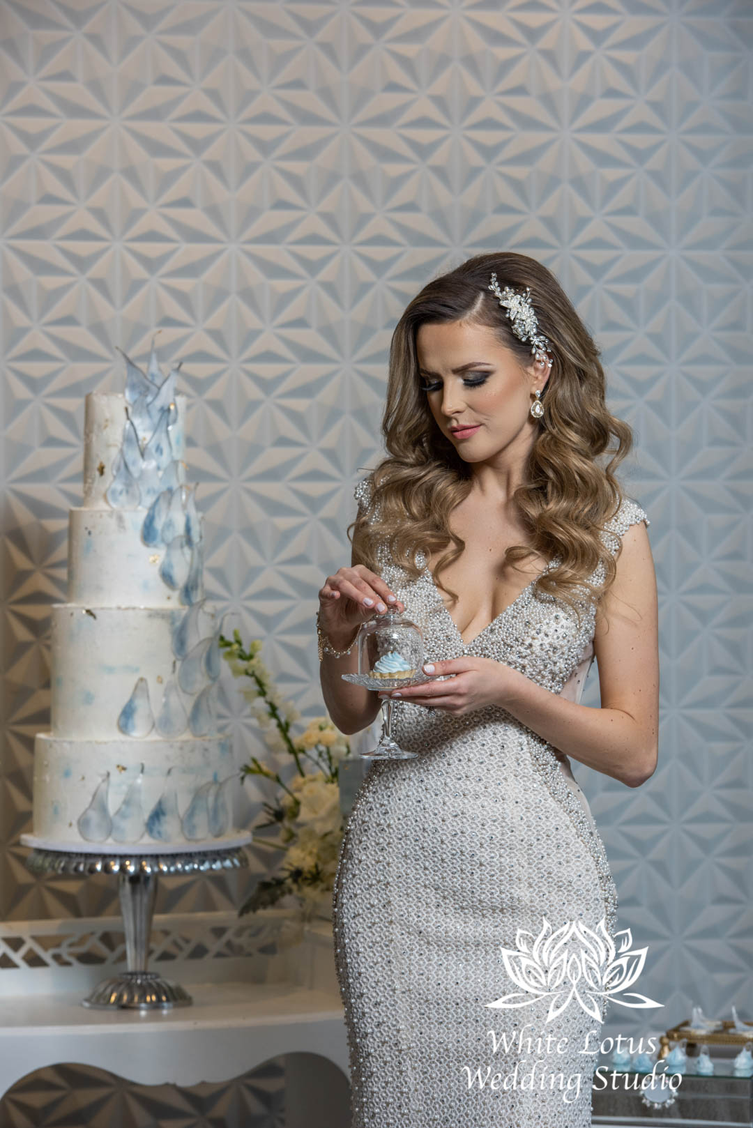 131- GLAM WINTERLUXE WEDDING INSPIRATION